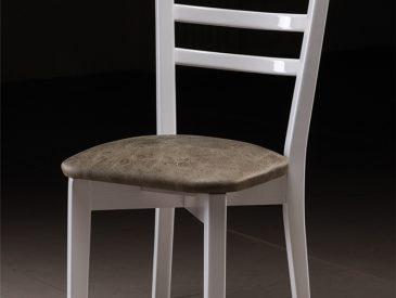 819_sandalyeler